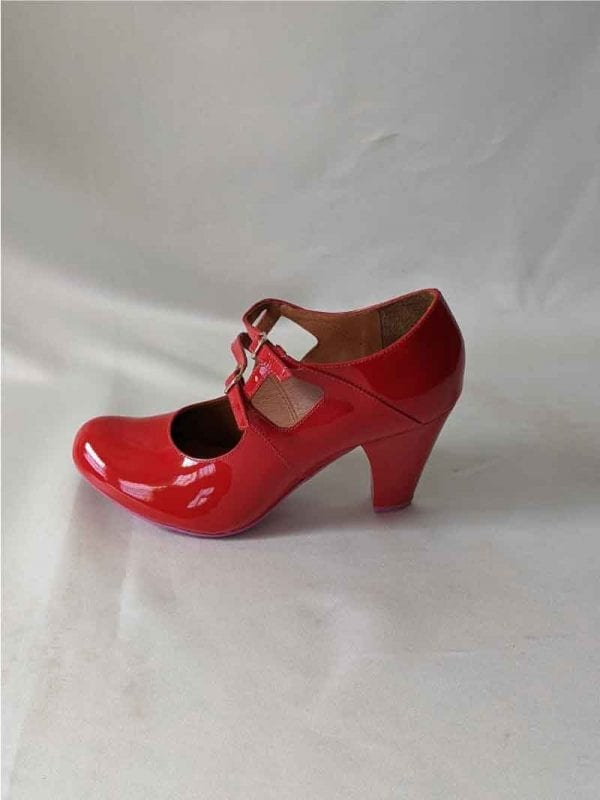 Jessica-red-patent-leather-shoe-side